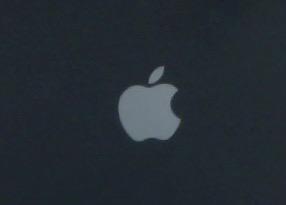 iPhone8Plus リンゴループで文鎮化へ・・・